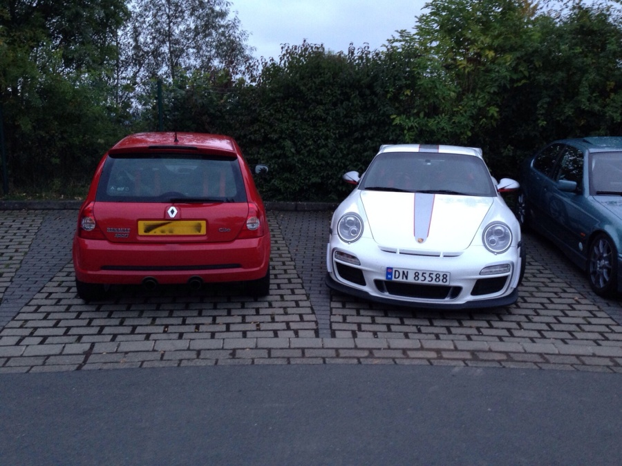 The Clio and a 4.0 GT3 RS